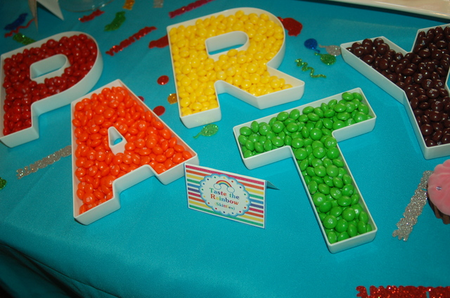 Colorful Rainbow Party Ideas!